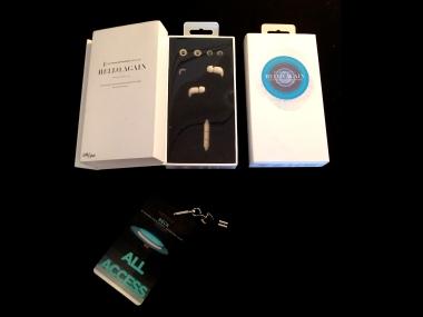 beck lanyard and headphones